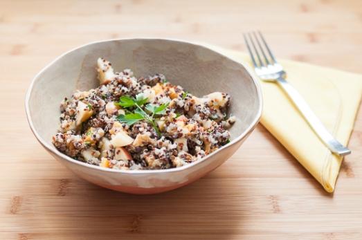 Ensalada de Quinoa Manzana Cheddar y Nueces (6)